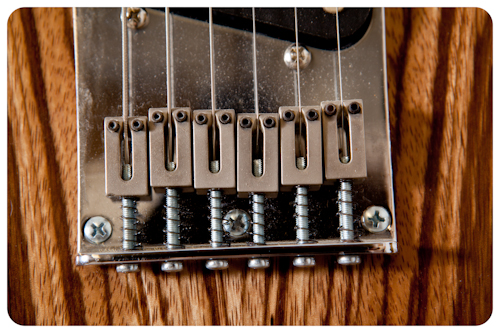 213054-30Lutherie